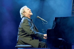 Jimmy Webb (Photo by Sasa Tkalcan)-sm.jpg