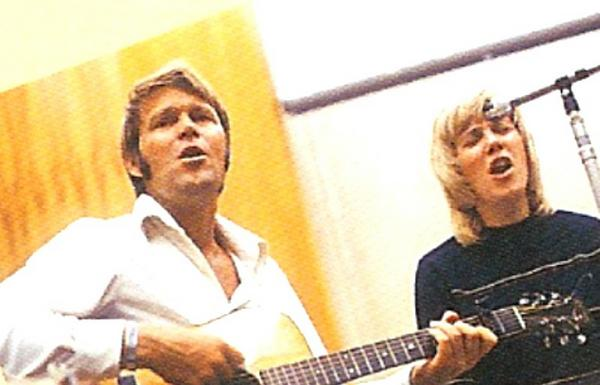 Glen Campbell_Photo_with Anne Murray working on Capitol Record duet album 1971 release.jpg