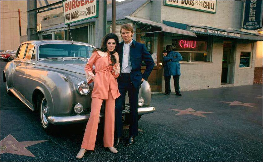 Glen Campbell with Bobbie Gentry in Hollywood 68 CREDIT CAPITOL RECORDS.jpg